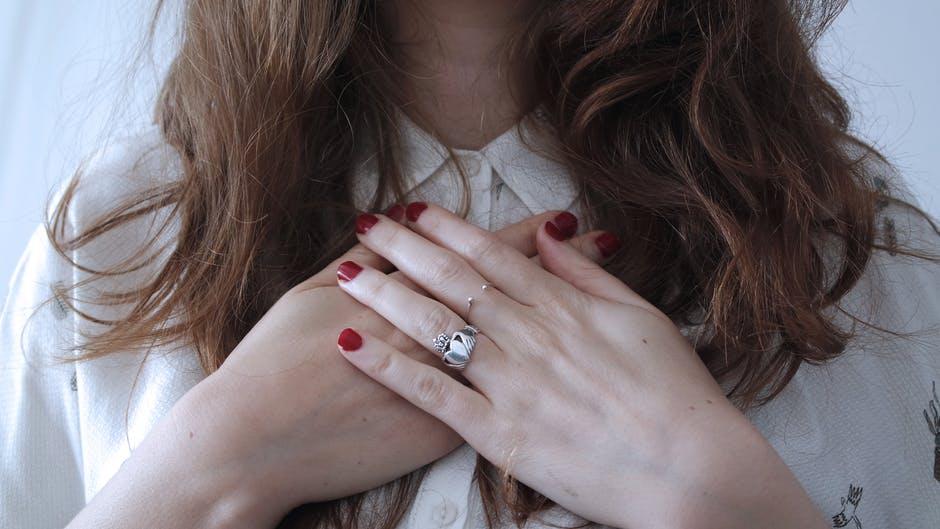 Ce spun degetele despre tine? Descopera informatii incredibile!
