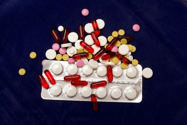 Cum sa iti ajuti corpul atunci cand iei antibiotice