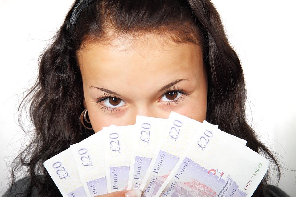 Zodii cu noroc la bani: te afli printre ele?