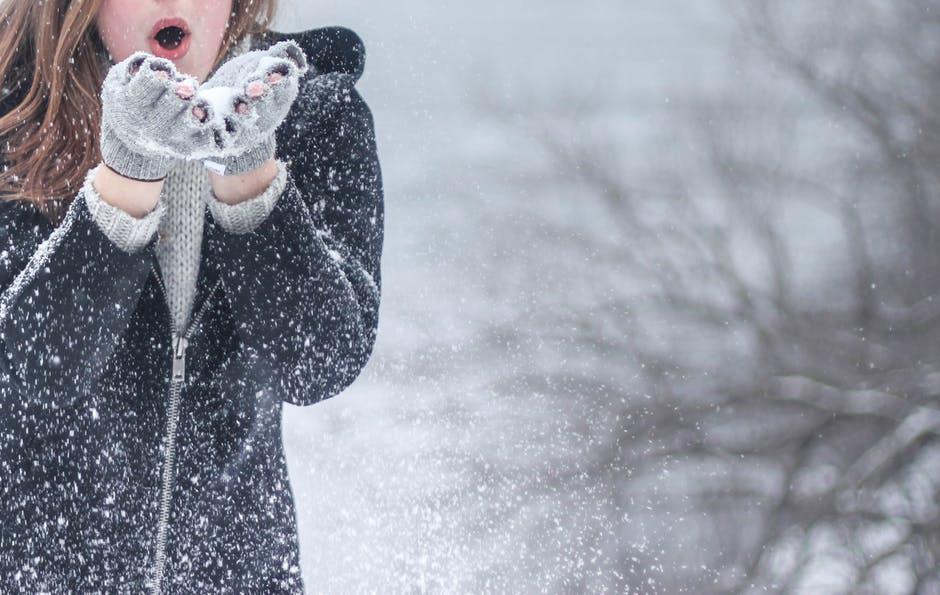 Activitati de iarna in aer liber pentru copilul tau
