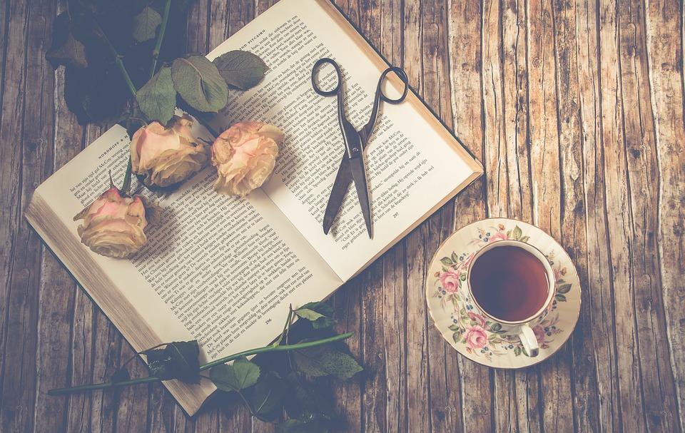 5 carti de citit si recitit de Craciun