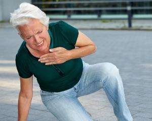 Cum recunosti rapid simptomele unui infarct