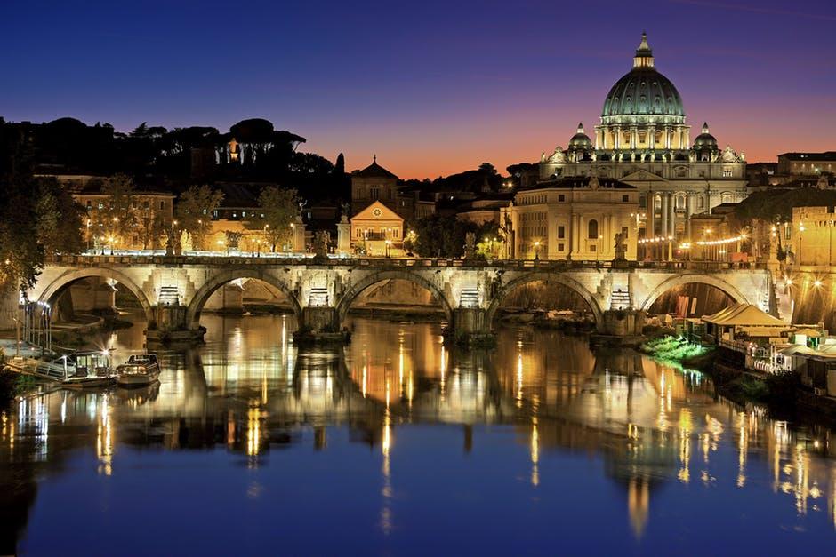4 orase din Italia pe care trebuie sa le vizitezi!