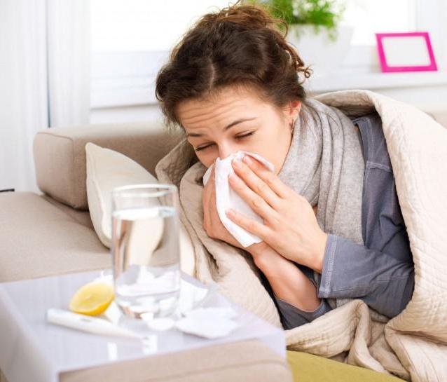 10 remedii naturale preparate in casa pentru raceala