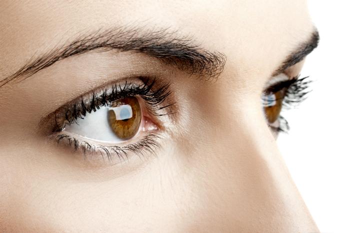 Spune-mi ce culoare au ochii tai ca sa-ti spun cine esti