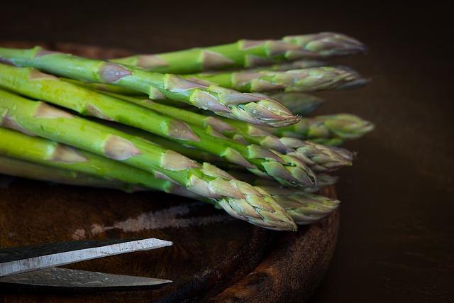 5 Beneficii ale consumului de asparagus