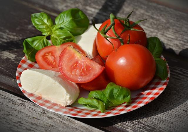Salate de vara - retete sanatoase si racoritoare