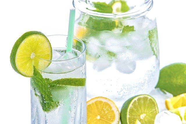 TOP bauturi racoritoare pe care poti sa le consumi vara