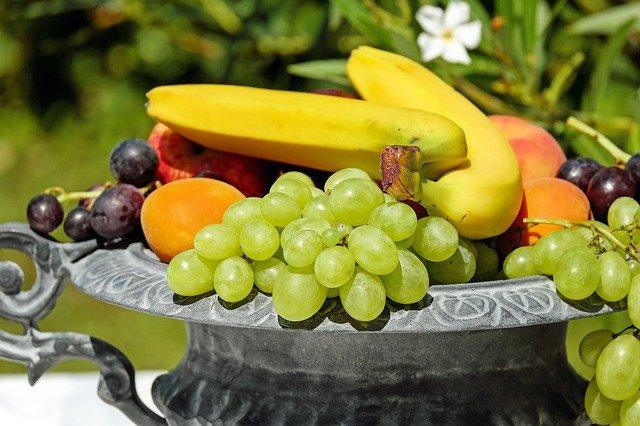 5 motive pentru a manca fructe proaspete zilnic