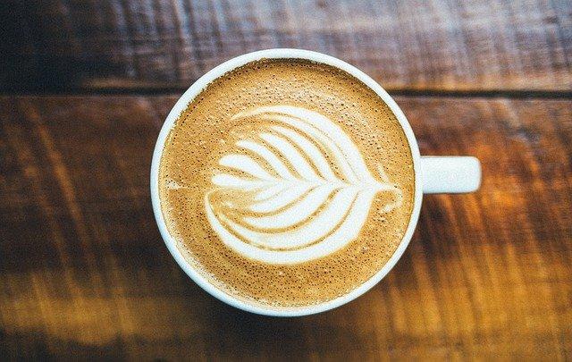 De ce NU este bine sa bei cafea dimineata pe stomacul gol