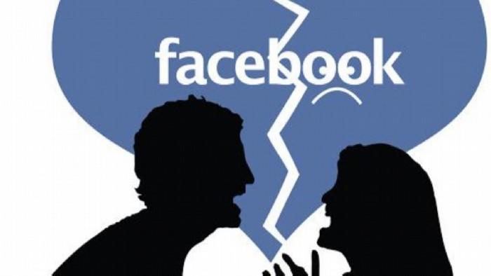 Relatia ta de cuplu pentru sau anti Facebook