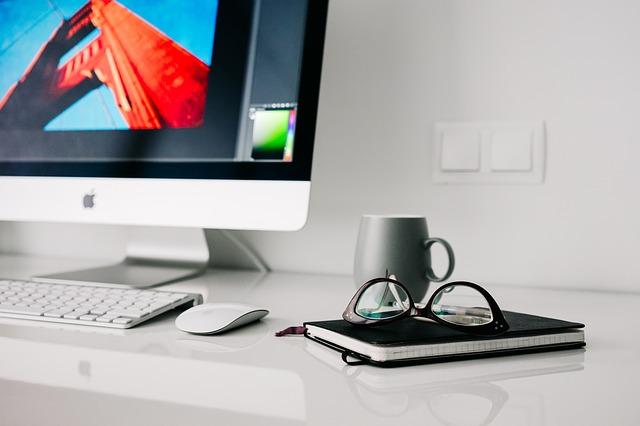 10 Sfaturi pentru o saptamana productiva, atunci cand lucrezi de acasa