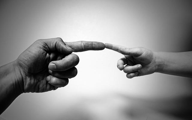 Importanta atingerilor non-sexuale in relatia cu ceilalti
