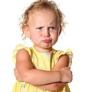 4 motive pentru care nu ar trebui sa ignori sau sa pedepsesti crizele de frustrare ale copilului