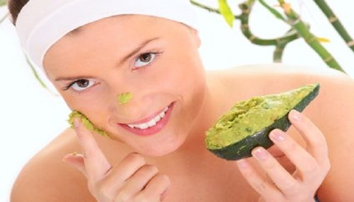 Sapte ingrediente folosite pentru ingrijirea pielii dar daunatoare acesteia