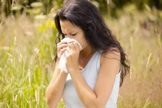 9 remedii naturale pentru a invinge alergiile de primavara