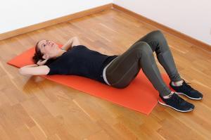Cum poti trece mai usor peste durerile menstruale