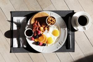 Mic dejun sanatos: patru alimente pe care nu este bine sa le consumi