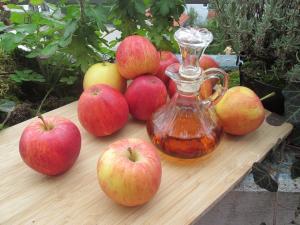 9 beneficii incredibile ale otetului de mere pentru sanatatea ta