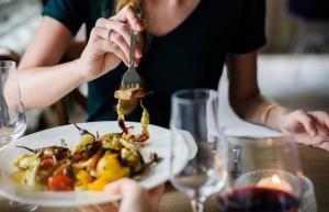 5 obiceiuri alimentare la care sa renunti chiar ACUM!