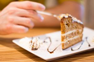 De ce simti senzatia de foame mereu? Iata motivele!