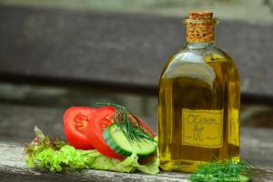 De ce este bine sa bei ulei de masline pe stomacul gol? Iata efectele incredibile!