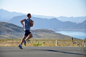 Cum te hidratezi corespunzator atunci cand faci sport