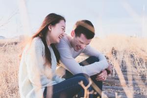 De ce stricam relatiile care merg sau despre frica de a fi fericit