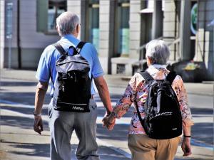 Ce activitati pot face seniorii pentru a se mentine in forma
