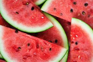 De ce este bine sa mananci pepene rosu in aceasta vara
