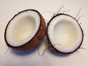 Lapte de cocos - Top 5 beneficii pentru sanatate
