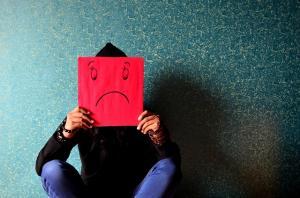 Cum iti poti ajuta prietenul depresiv?