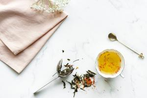 Cele mai eficiente sortimente de ceai pentru problemele de stomac