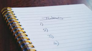 Cum te poate afecta autocritica