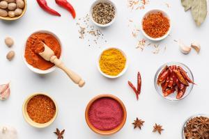5 condimente excelente pentru pierderea in greutate