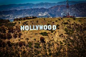 Care sunt cele mai inteligente vedete de la Hollywood