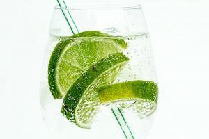Apa cu lime - Top 3 beneficii pentru sanatate