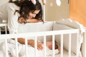 Accesoriile pe care orice mama ar trebui sa le aiba in primele luni ale bebelusului