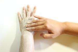 Cum se realizeaza corect exfolierea pielii