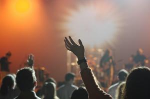 5 moduri in care muzica ne influenteaza