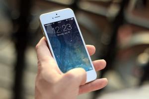 Cum sa iti dezinfectezi in mod corespunzator telefonul