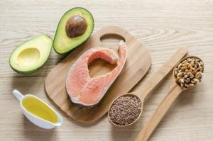 10 alimente bogate in grasimi care sunt incredibil de sanatoase