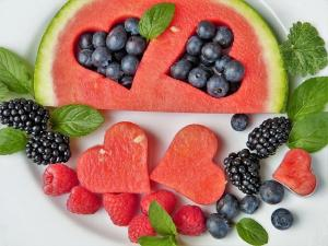 5 alimente pe care trebuie sa le consumi vara