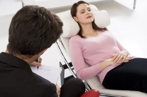 Cum te poate ajuta hipnoterapia sa inchei o relatie toxica?
