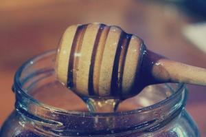 Beneficiile consumului de miere asupra organismului