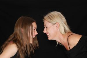 10 sfaturi pentru a imbunatati relatia dintre parinti si adolescenti