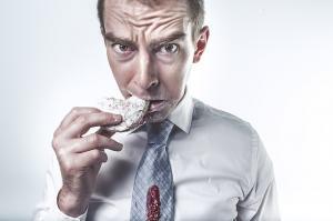 Ce ascunde senzatia de foame si cum ii putem face fata?