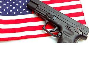 De unde vine apetitul bolnav al Americii pentru armele de foc?