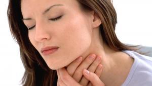 Remedii naturale pentru ameliorarea durerilor in gat