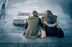 Cum sa pastram o relatie de prietenie la distanta